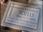 Scully's grave plate