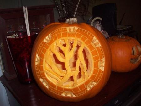 Stargate_Pumpkin_by_LostOldSoul